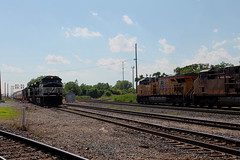 NS 9232 (CC 8039) Tags: ns ihb up csx trains ac44cw sd70m2 c449w sd70m es44ac meet dolton illinois