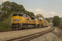 CSX L252-28 at Emerson (travisnewman100) Tags: csx train railroad freight autorack unit locomotive emd sd70m emerson georgia wa subdivision atlanta division l252 union pacific up sd70ah