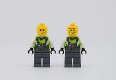 My own misprint head😏 (Alex THELEGOFAN) Tags: lego legography minifigure minifigures minifig minifigurine minifigs crew member 2 world racer misprint error head eyebrows mechanic green dark bluish gray