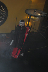 The slinger/vampire from above