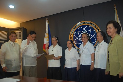 Oath-taking of Sr. Ofelia Endaya as board examiner for Social Work