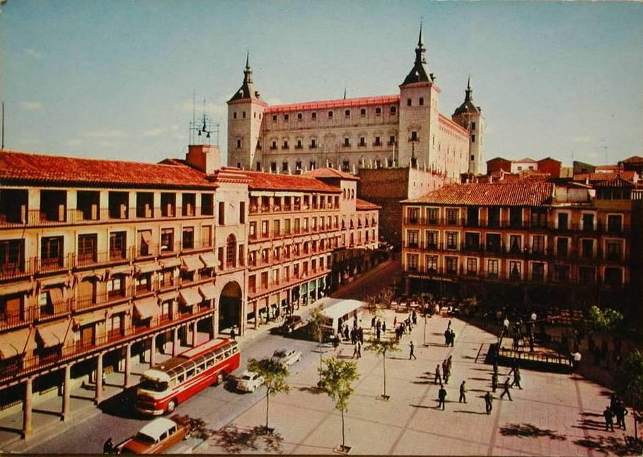 Plaza de Zocodover a mediados del siglo XX