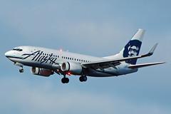KSEA Alaska Airlines Boeing 737-790 N615AS (djlpbb40) Tags: sea sky alaska clouds plane airplane nikon aircraft landing landinggear boeing approach seatac 737 alaskaairlines 737700 ksea d40 as 737790 n615as seatletacomainternationalairport