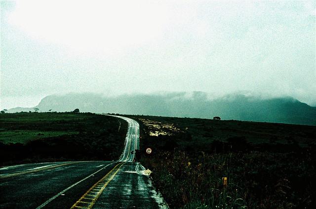 Estrada na Chapada dos Veadeiros, GO