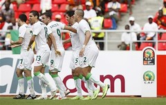Algrie 1 - 0 Mali (menosultra) Tags: cup algeria football team african soccer egypt can mai national ago algerie coupe algrie karim 2010 angola afrique  luanda  socer ziani lquipe    algrienne  matmour yebda haliche