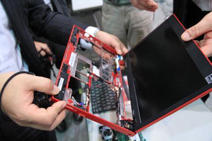 ThinkPad X100e 分解写真