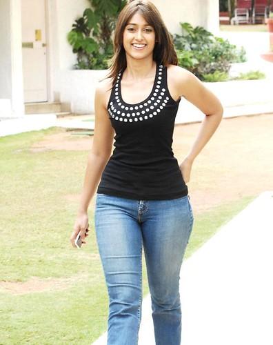 Actress Ileana D'cruz photo