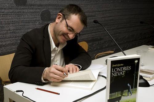 Jordi Llavina al Museu de la Vida Rural, presentant Londres Nevat