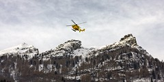 yellow rescue on Alagna (RoRo & cameras) Tags: rescue mountains yellow giallo roberto montagna copter soccorso alpino elicottero alagna roasio monferx