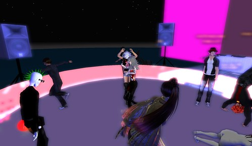 dj mr widget at muzik haus