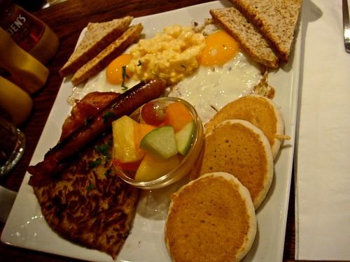 An American Breakfast in Paris
