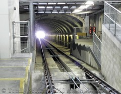 Funicular tunnel