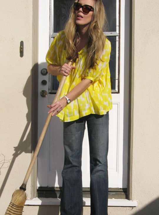 yellow blouse see by chloe-4-reg