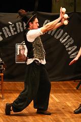 Glhwein 5 (milkaaaaa) Tags: alsace convention juggling jonglerie gluhwein malabares malabarismo jonglage jongle muttersholtz