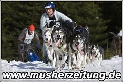 WSA-WM: Iris-Mauderer - Platz 2 in der 4-Hunde-Klasse
