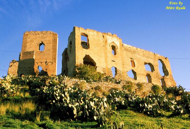 Il castello dell'emiro (misilmeri)