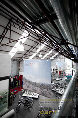 auteursrecht beeldpunt -  interieurarchitect - winkelinrichting - alexander hugelier - Fietswinkel Daan -Wetteren - 9 (beeldpuntbelgium) Tags: 2008 daan fietswinkel interieurinrichting architectuurfotografie winkelinrichting interieurfotografie interieurfotograaf industriëlefotografie