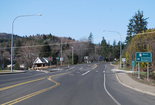 US 101 @ SR 105 south terminus