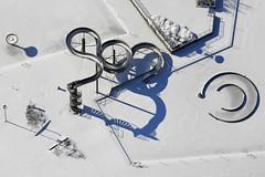 Frozen Pool (Aerial Photography) Tags: schnee winter by mnchen grafik aerial m schatten deu stimmung luftbild pasing luftaufnahme schwimmbad rutsche obb freibad bayernbavaria deutschlandgermany siedlung schwimmbecken stadtmnchen weinbergstrase 18022009 fotoklausleidorfwwwleidorfde 3941167193 1ds24386