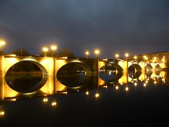 75/365 Reflection (Camino Z) Tags: bridge light reflection ebro project365 365daysproject 2010inphotos 2010yip