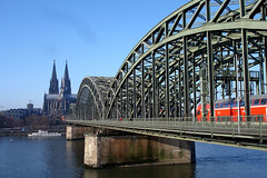 Kln (Talita Mattos) Tags: deutschland catedral cologne kln alemanha colnia
