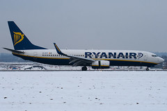 EI-DYY - 37521 - Ryanair - Boeing 737-8AS - Luton - 091221 - Steven Gray - IMG_5592