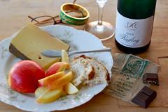 relax (sevenworlds16) Tags: cheese bread wine chocolate alpine german traderjoes apples riesling drl loosen blanxart rhinette