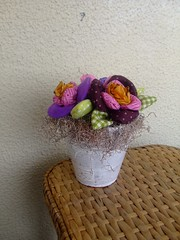 """Flores de Tecidos """" amor perfeito"""" (Irene Sarranheira) Tags: flores de tv revista infantil casamento decoração tecidos amorperfeito passoapasso lembrançasdebatizado dicasetruques"""