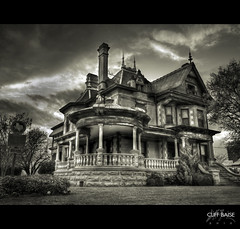 Eddleman McFarland House [Explored #466] (Cliff_Baise) Tags: history nikon hdr fortworth d700