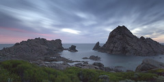 Sugarloaf Rock (jeffiebrown) Tags: sunset fantastic explore hmmm lightroom sugarloafrock ndx400 jeffiebrown yepitsberybed iliedthisisnotagreatphoto yesiliedagainimjustbeingjealous somanyliershere oztheluckycountry
