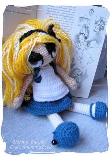 Gloomy Alice in Wonderland
