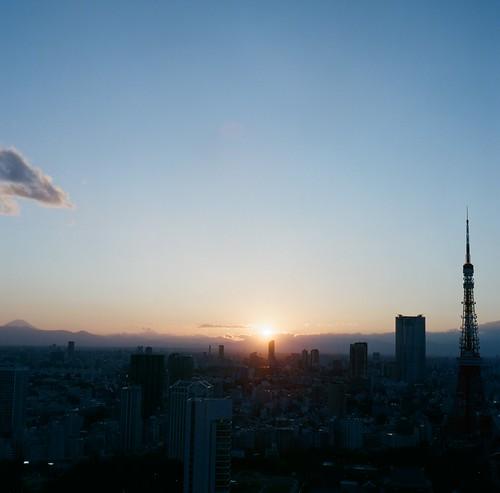 84360012_sunset