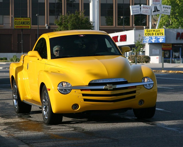 auto ca chevrolet sport yellow truck la losangeles gm super chevy ssr spotting roadster woodlandhills