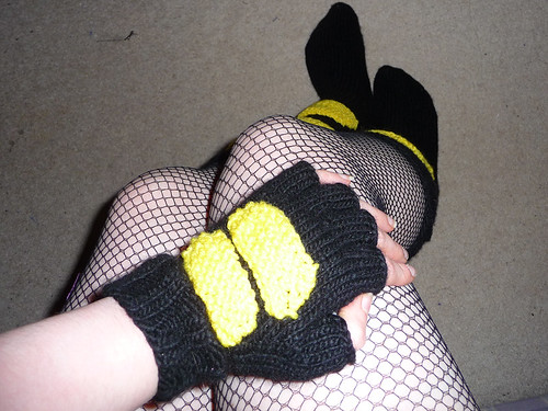 Canary Socks and Glove