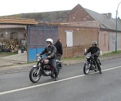 BSA 350CC et BMW 250cc (gueguette80 ... non voyant pour une dure indte) Tags: old bike mai german single bmw british 2010 picardie motos deutsche matchless motorrad somme anciennes motorrder 250cc anglaises allemandes monocylindre pontnoyelles