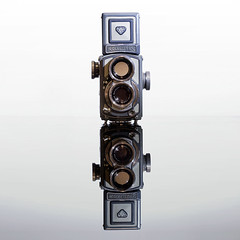 "Rolleiflex ""Grey Baby"" :-) (Geoffrey Gilson) Tags: old baby glass rollei rolleiflex canon reflections germany studio eos grey gris mirror photo reflex treasure market photos quality mint noflash double collection cameras 7d geoffrey flea oldies pure fleamarket allemagne brocante reflets bb mirroir collectibles appareil verre gilson lentille appareils twinlens trsor rflex qualit antiquits anciens supershot flickrsbest duallens graybaby bej abigfave platinumphoto anawesomeshot impressedbeauty canoneos7d geoffreygilson wwwgeoffreygilsonnet"