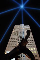 2010 Commemoration of Rotterdam Blitz (Robert Zijlstra) Tags: sculpture rotterdam blitz stad zadkine commemoration ossip coopvaert verwoestestad brandgrens verwoeste