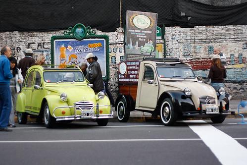 carros antiguos de puerto madero