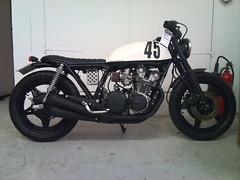 B/w (Anders Hansen) Tags: honda copenhagen denmark ericsson sony motorcycle customized cb danmark motorsykkel amager x10 wrenchmonkees