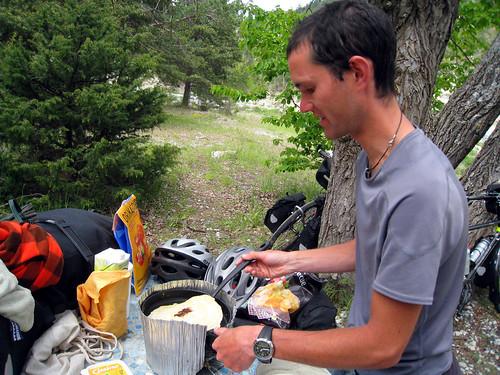 Pancakes beside Lac de Castillon