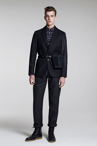 James Smith3048_FW10_London_B Store(GQ.com)