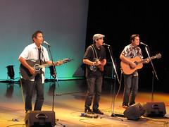 Ukulele SuperJam 2010 (manoadna) Tags: music japan hawaii golden ukulele dna week 2010 manoa manoadna
