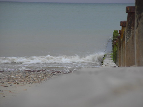 Groyne and breaking wave