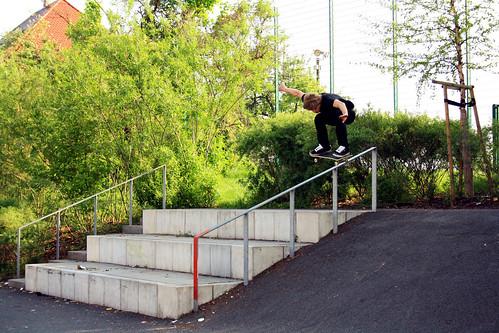 Tom - Ollie over Rail