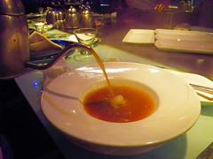 象蛂蚌海鮮湯