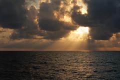 Juno beach sunrise (__Dori__) Tags: ocean water sunrise canon florida atlantic jupiter magichour juno tequesta coralcovepark userdori shootmiami