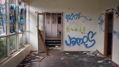 Foyer (@fotodudenz) Tags: california abandoned kew digital pen hotel hell motel australia melbourne olympus victoria tagged panasonic rubbish 20mm smashed hawthorn trashed 2010 ep1 urbex graffitied