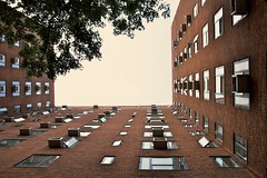 Stuyvesant Town, NYC. by Matthew Kraus, on Flickr