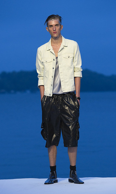 Gabriel Gronvik3080_01_SS11_Stockholm_ Cheap Monday(Mercedes-Benz FW)