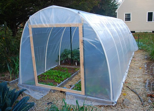 Building hoop house 14